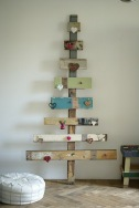 upcycle-eco-friendly-christmas-tree-fun-cute-rustic-decoration-idea-wood_original