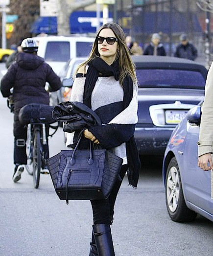 alessandra-ambrosio-is-the-latest-celeb-to-tote-celine-003