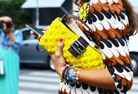 bright colors fashion trend street style neon yellow clutch pattern dress 002