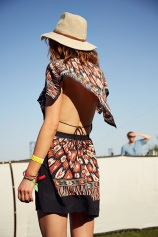 summer-hats-anniepowers041414_coachella_street_style_2014_slide_14