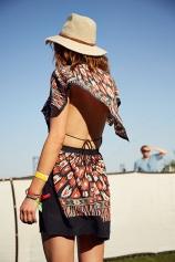 summer-hats-anniepowers041414_coachella_street_style_2014_slide_14