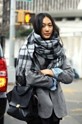 STREET STYLE COZY PLAID SCARVES 1