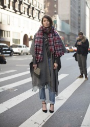 STREET STYLE COZY PLAID SCARVES 2